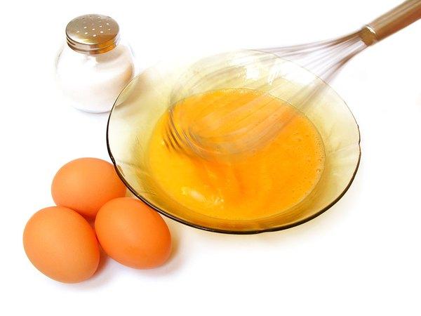 Tác dụng của trứng gà và mặt nạ chống lão hóa từ trứng gà
