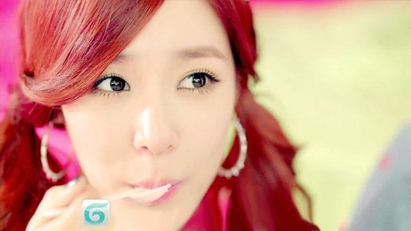 Học style make up của Yoona và Tiffany trong MV mới 5