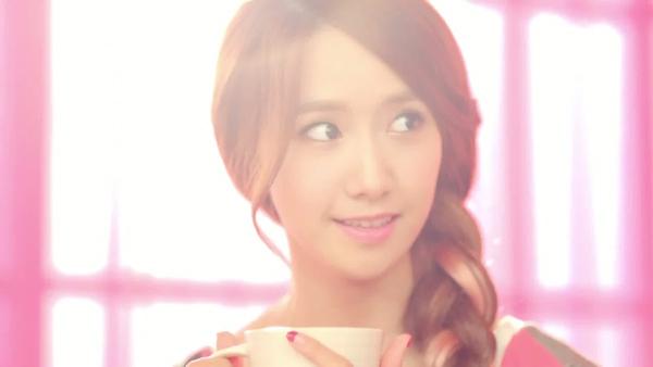 Học style make up của Yoona và Tiffany trong MV mới 8