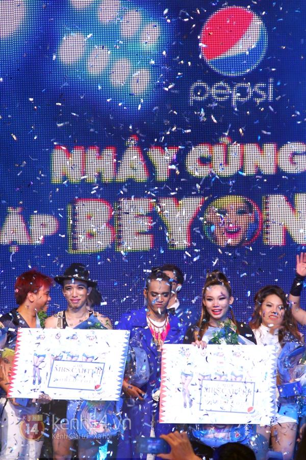 Đông Nhi, Tô Lâm cùng 10 bạn trẻ cháy hết mình với Beyoncé 41
