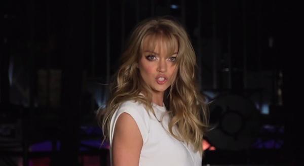 """Dàn mẫu Victoria's Secret """"nhép nhiệt tình"""" theo Taylor Swift 5"""
