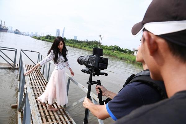 """""""Vừa đi vừa khóc"""" tung nhạc phim hot đúng Valentine Trắng 8"""