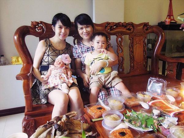 Vợ chồng Lý Hải làm đầy tháng con gái 6