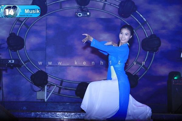 Những tài lẻ thú vị của mỹ nhân Việt 8