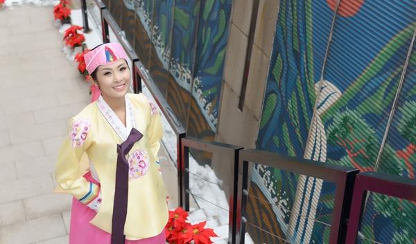Ngọc Hân xinh tươi trong bộ trang phục truyền thống xứ Hàn 6