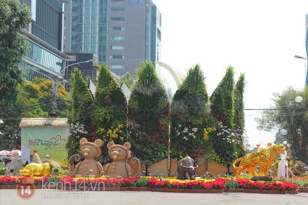Những hình ảnh đầu tiên về đường hoa Nguyễn Huệ 2013 8