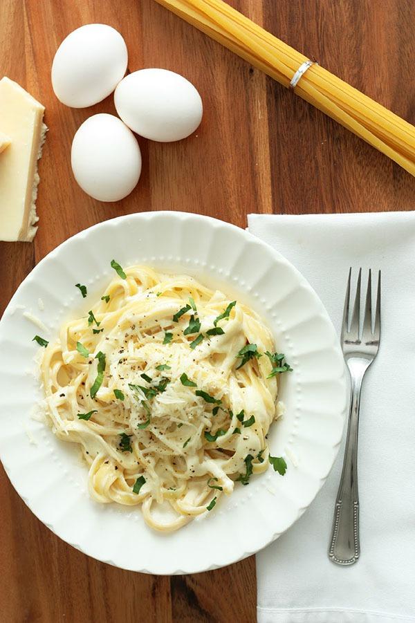 Xem công thức fettuccine và nghe câu chuyện về món pasta Ý 5