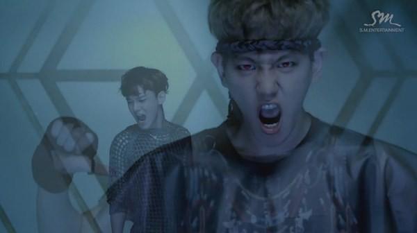 """Những hình ảnh khó quên của EXO trong MV """"Wolf"""" 28"""