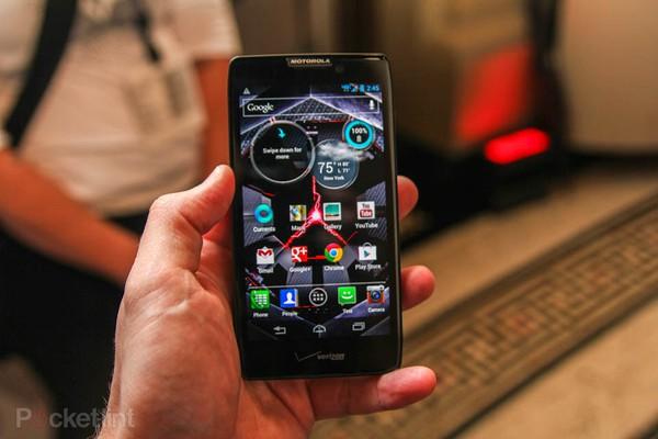 """Top 10 smartphone sở hữu thời lượng pin """"khủng"""" 3"""