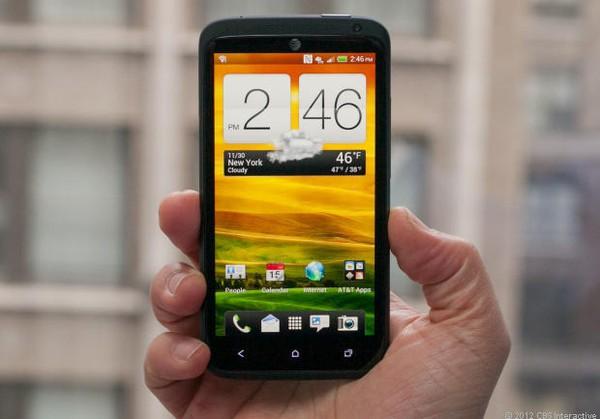 """Top 10 smartphone sở hữu thời lượng pin """"khủng"""" 6"""