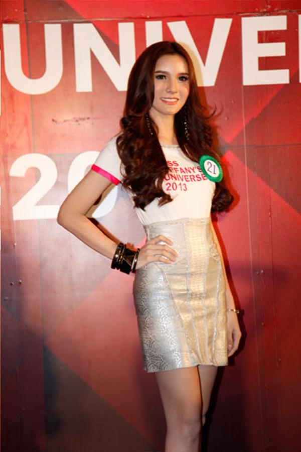 Cận cảnh nhan sắc hoa hậu chuyển giới Thái Lan 2013 8