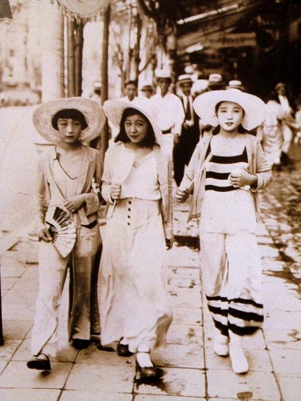 """Chuẩn mực """"khác biệt"""" về vẻ đẹp của phụ nữ Á Đông 8"""
