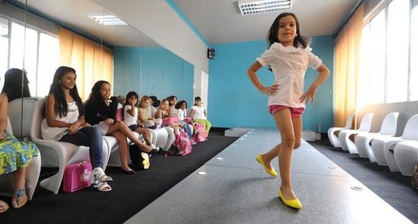 Cận cảnh công nghệ đào tạo hoa hậu của Venezuela, Ấn Độ, Nhật Bản 4