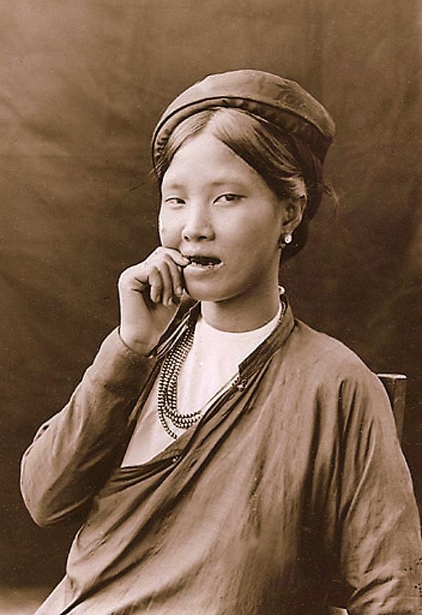 Chuẩn mực làm đẹp của phụ nữ Việt Nam thời xưa 5