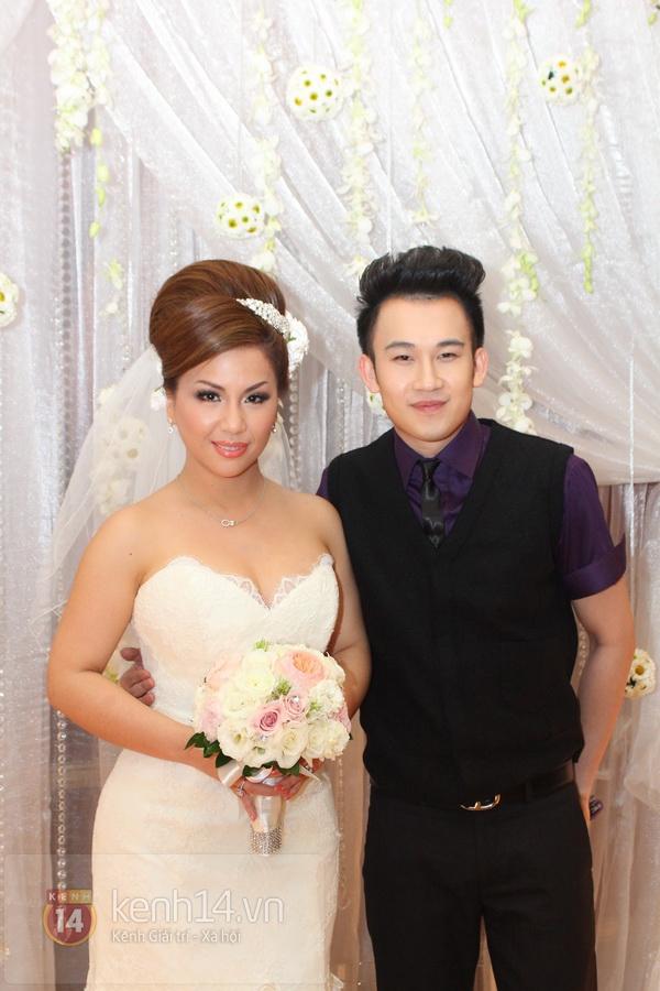 """Con gái Cẩm Ly hóa """"thiên thần rải hoa"""" trong đám cưới Minh Tuyết 8"""