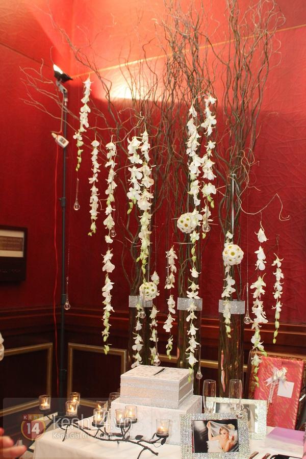 """Con gái Cẩm Ly hóa """"thiên thần rải hoa"""" trong đám cưới Minh Tuyết 5"""