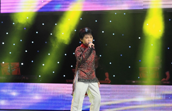 """The Voice Kids tập 4: Sự vùng lên của các """"hot boy nhí"""" 1"""