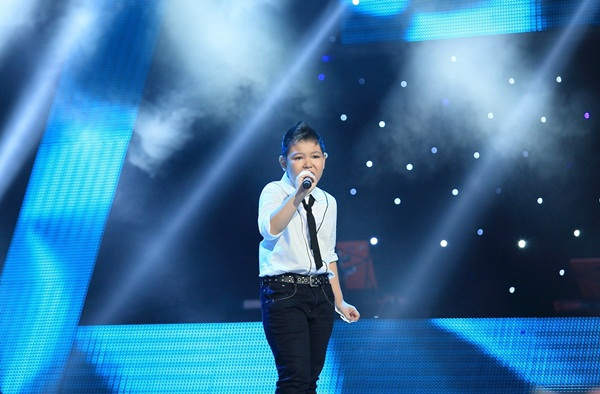 The Voice Kids tập 5: Cậu bé Hip Hop khiến HLV Hiền Thục khóc như mưa 9
