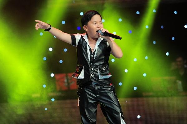 """The Voice Kids tập 3: 4 HLV """"khẩu chiến"""" vì con gái nữ diễn viên Chiều Xuân 10"""