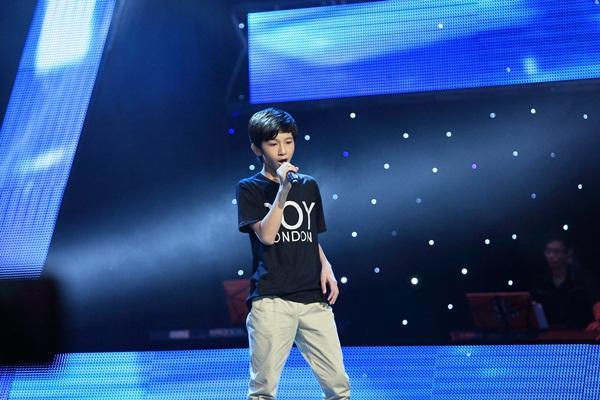The Voice Kids tập 5: Cậu bé Hip Hop khiến HLV Hiền Thục khóc như mưa 7