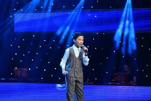 The Voice Kids tập 5: Cậu bé Hip Hop khiến HLV Hiền Thục khóc như mưa 8