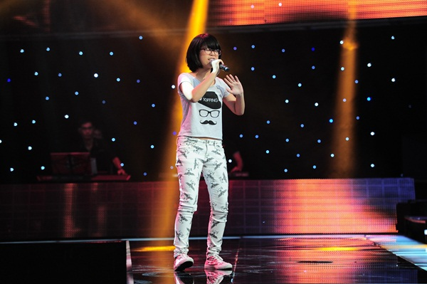 The Voice Kids tập 5: Cậu bé Hip Hop khiến HLV Hiền Thục khóc như mưa 3