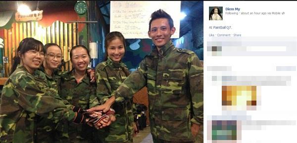 "Đám tang Wanbi Tuấn Anh phủ ""màu trắng"" Facebook sao tuần qua 24"
