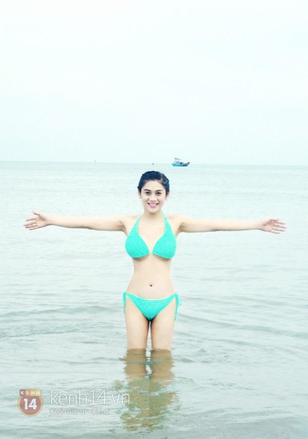 Lâm Chi Khanh lần đầu khoe body nóng bỏng với bikini 4