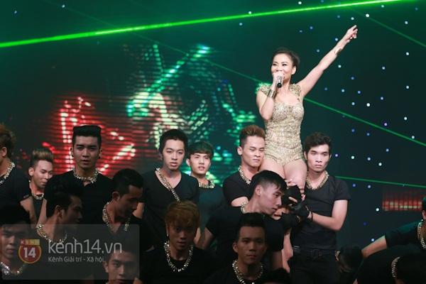 Liveshow để đời của Thu Minh: Vô số điểm nhấn! 29