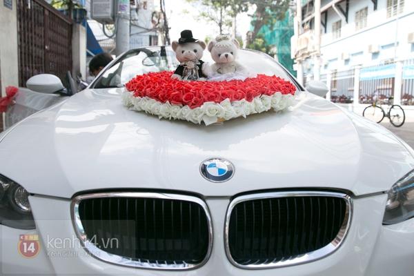 Đông Nhi - Ông Cao Thắng bưng tráp quả trong đám cưới NS Đằng Phương 1