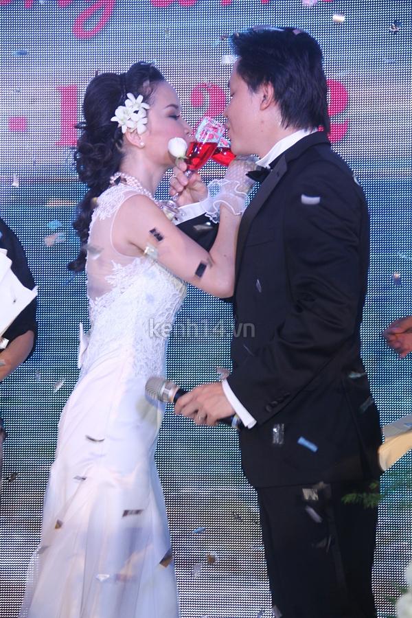 """Đám cưới đậm chất """"biển"""" của Thu Ngọc (Mây Trắng) 15"""