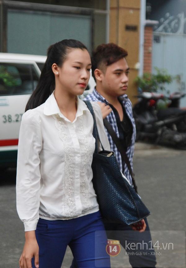 Các sao nghẹn ngào trong tang lễ toàn màu trắng của Wanbi Tuấn Anh 21