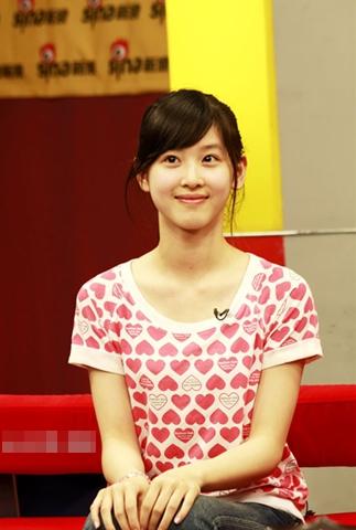 """""""Cô bé trà sữa"""" trở thành hot girl đẹp nhất Trung Quốc 10"""