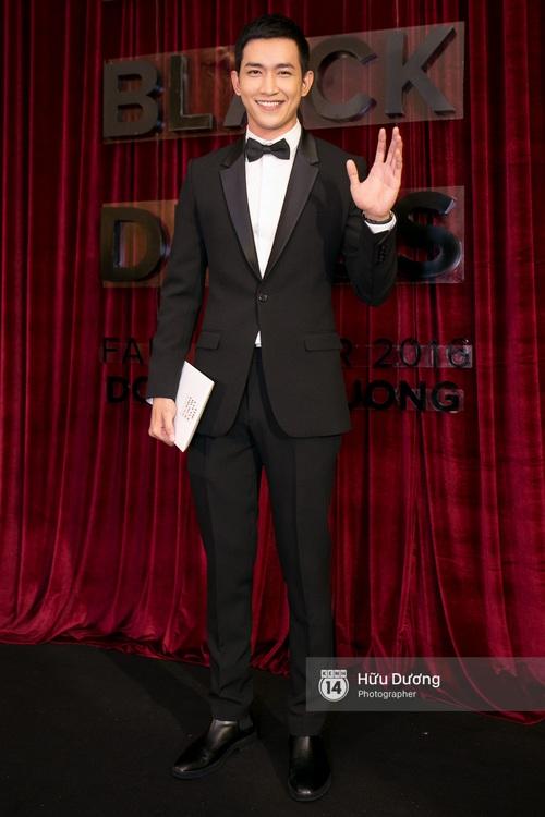 Ma nữ tóc hồng Angela Phương Trinh quá nổi bật, lấn át cả Hoa hậu Kỳ Duyên trên thảm đỏ - Ảnh 22.