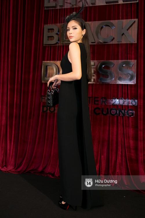 Ma nữ tóc hồng Angela Phương Trinh quá nổi bật, lấn át cả Hoa hậu Kỳ Duyên trên thảm đỏ - Ảnh 6.