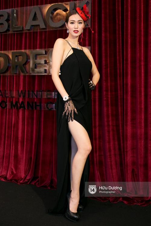 Ma nữ tóc hồng Angela Phương Trinh quá nổi bật, lấn át cả Hoa hậu Kỳ Duyên trên thảm đỏ - Ảnh 17.
