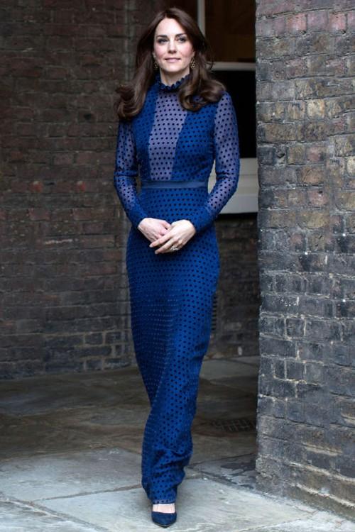 5 tỷ đồng là số tiền công nương Kate đã chi cho cả tủ áo quần của năm 2016, gấp 4 lần năm ngoái! - Ảnh 12.