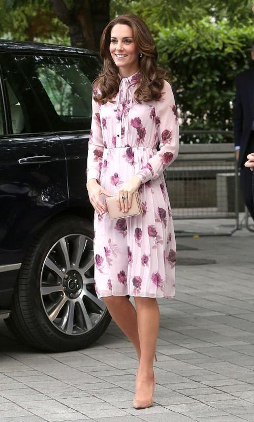 5 tỷ đồng là số tiền công nương Kate đã chi cho cả tủ áo quần của năm 2016, gấp 4 lần năm ngoái! - Ảnh 9.