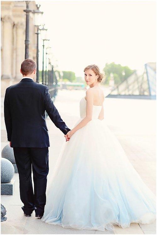 Những bộ váy cưới ombre tuyệt đẹp dành cho các cô dâu phá cách - Ảnh 7.