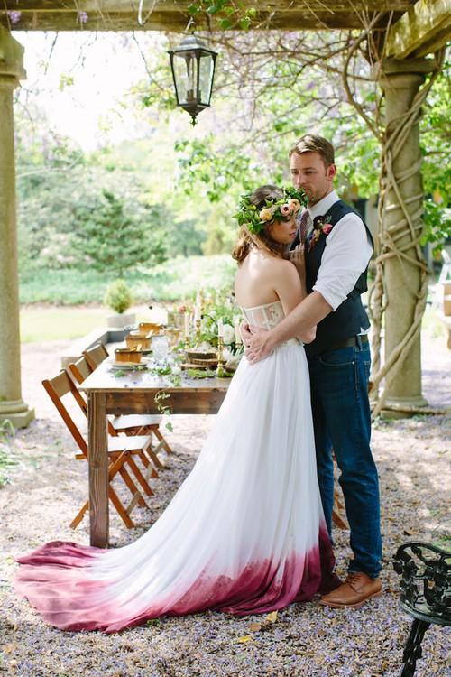 Những bộ váy cưới ombre tuyệt đẹp dành cho các cô dâu phá cách - Ảnh 6.