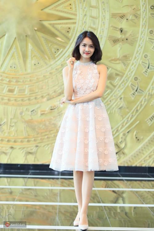 Xuất hiện xinh đẹp như công chúa, Trương Mỹ Nhân gây chú ý khi tiết lộ mẫu hình bạn trai lý tưởng - Ảnh 1.