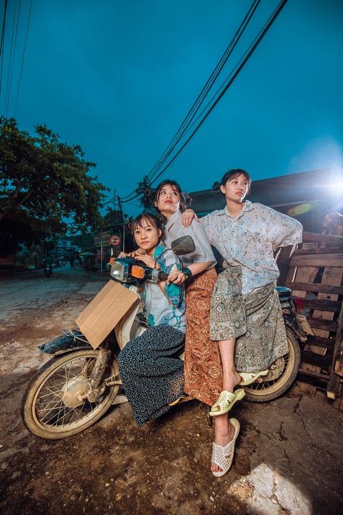 Chụp kỉ yếu theo phong cách xóm chợ mà đẹp như ảnh tạp chí vậy đây! - Ảnh 11.