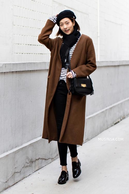 Mải mê ngắm street style ngày lạnh đẹp quên sầu của giới trẻ thế giới - Ảnh 1.