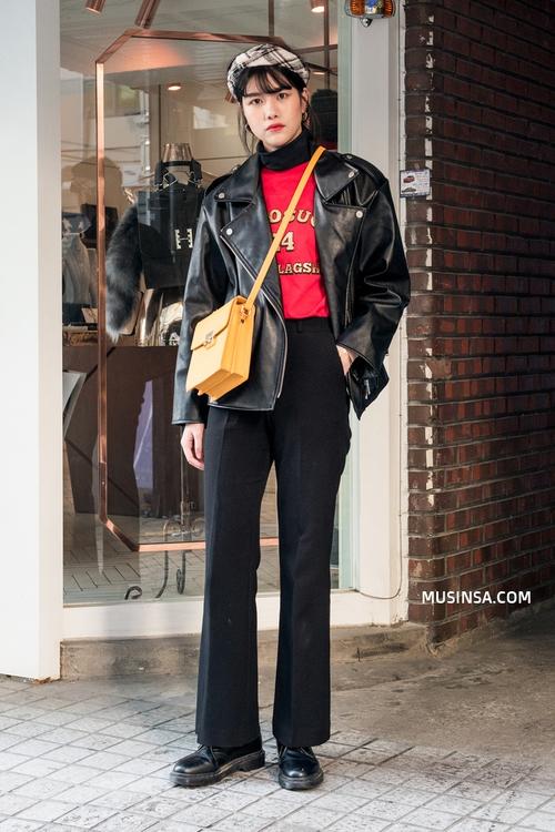 Làm sao để mặc đẹp được như thế? Phát ghen với street style nổi bần bật của giới trẻ thế giới - Ảnh 1.