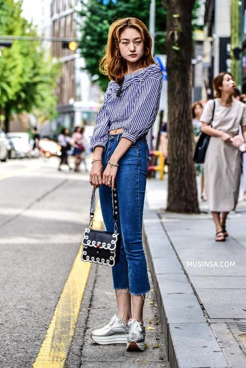 Cùng trưng dụng quần shorts nhưng giới trẻ Hàn lại có cả tá cách mix, cách nào cũng hút mắt thôi rồi! - Ảnh 13.