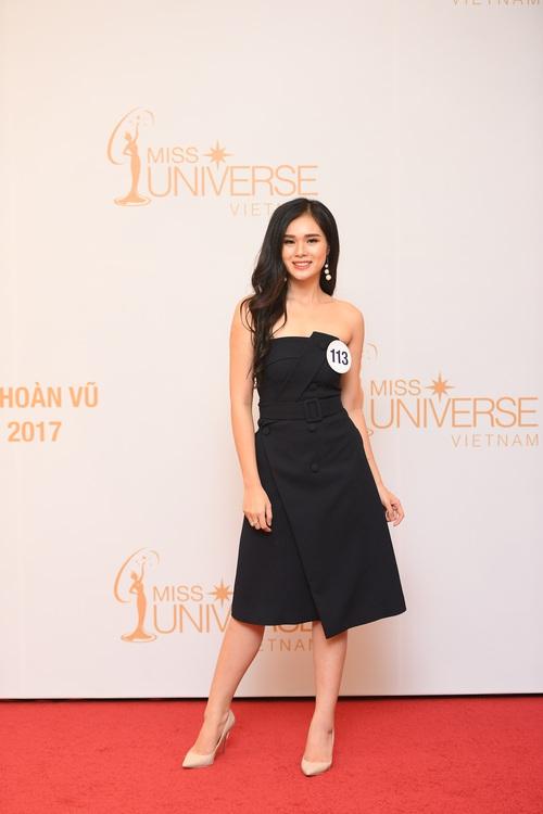 Nhan sắc 10 người đẹp đầu tiên lọt vào Bán kết Hoa hậu Hoàn vũ Việt Nam 2017 - Ảnh 12.