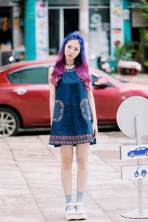 Cô gái tóc tím vô tình nổi tiếng khi làm khán giả của Giọng ải giọng ai - Ảnh 9.