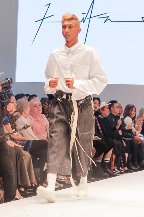 Lần đầu đến Malaysia dự fashion week, Kelbin Lei không ngờ giới trẻ ở đây biết rõ về mình - Ảnh 15.