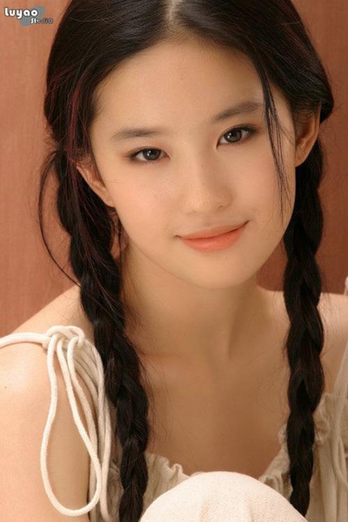 Lưu Diệc Phi tròn 30 tuổi: Hành trình nhan sắc đẹp hoàn hảo từ nhỏ tới lớn - Ảnh 10.