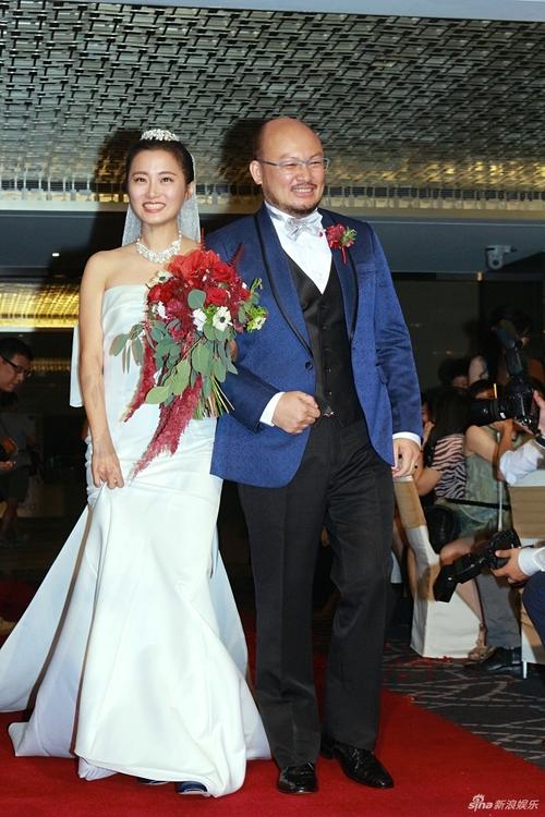 Trần Kiều Ân và nhan sắc ngọt ngào lại một lần nữa đánh bại cả cô dâu lẫn dàn phù dâu trong đám cưới - Ảnh 1.
